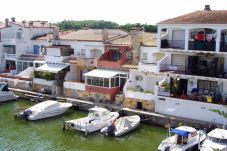 Villa en Empuriabrava a 1650 m de la playa