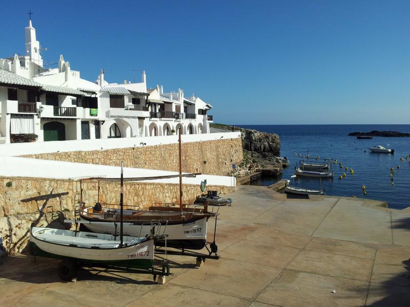 los destinos más bonitos de españa: binibeca