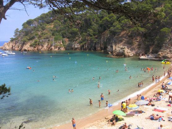 playas-de-la-costa-brava-aiguablava-muchosol
