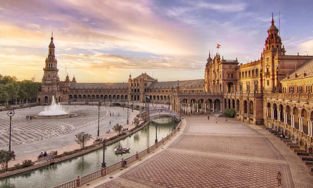 8 Lugares Imperdibles Para Visitar En Sevilla Con Niños