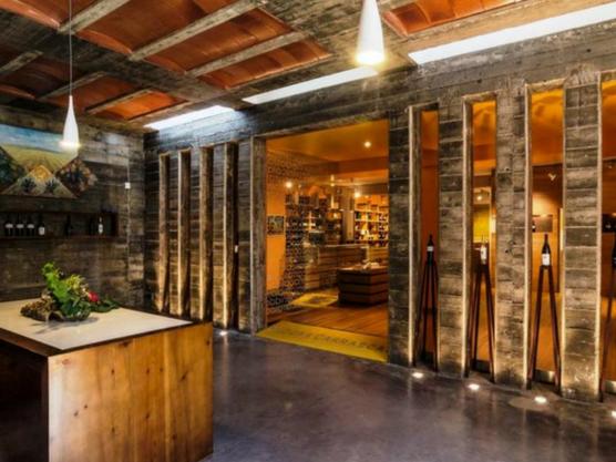 Chozas Carrascal, en Utiel-Requena es otra de las bodegas ideales para una cata de vinos