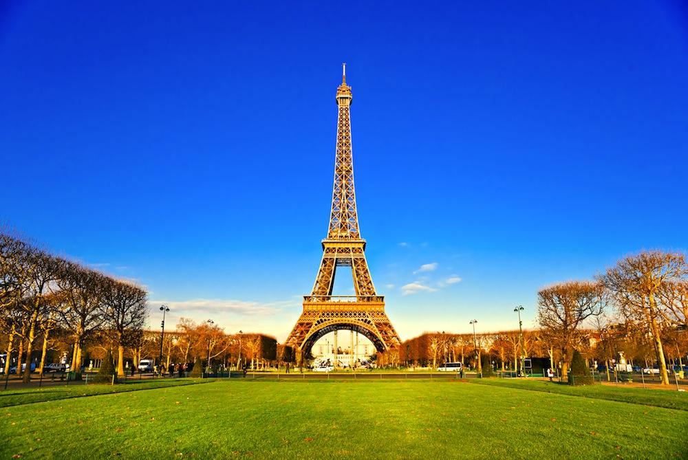 Qu ver en par s prepara tu viaje con nuestra gu a for Quien hizo la torre eiffel