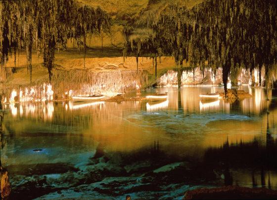 mallorca-en-pareja-Cuevas-del-Drach-muchosol
