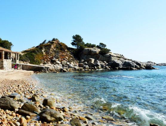 playas-nudistas-de-la-costa-brava-cap-de-planes-muchosol