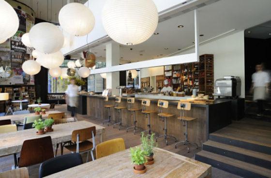 mejores-restaurantes-de-Barcelona-Bar-Lobo-muchosol