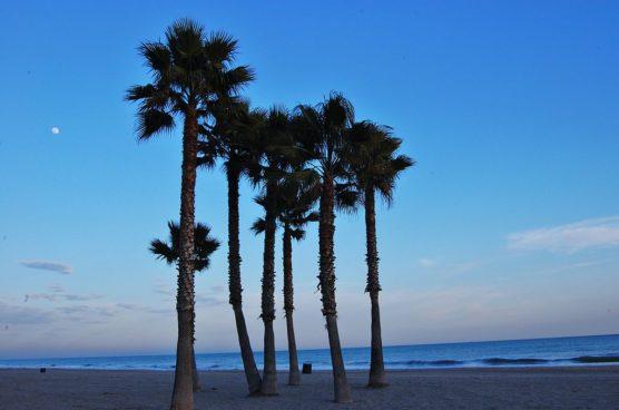 mejores-playas-de-la-Costa-Dorada-calafell-muchosol