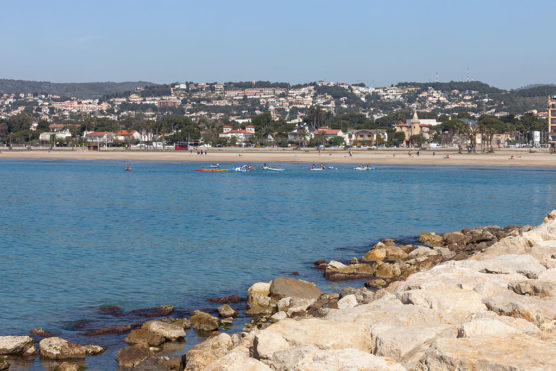 mejores-playas-de-la-Costa-Dorada-coma-ruga-muchosol