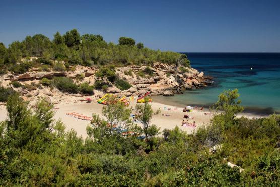 mejores-playas-de-la-Costa-Dorada-forn-muchosol