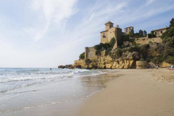 mejores-playas-de-la-Costa-Dorada-tamarit-muchosol