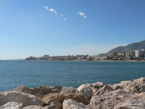 playas-nudistas-de-Malaga-Benalmadena- muchosol