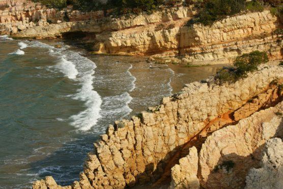 playas-de-tarragona-tallada-muchosol