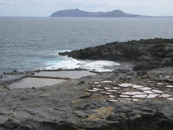 playas-nudistas-de-gran-canaria-salinas-muchosol