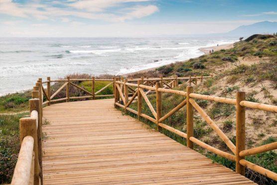 playas-nudistas-de-andalucia-cabopino