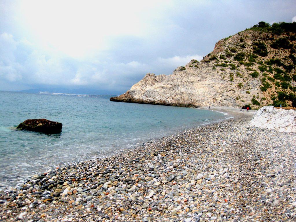 playas-nudistas-de-andalucia-cantarrijan