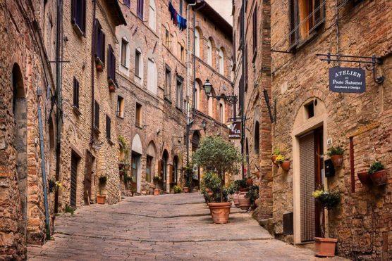pueblos-mas-bonitos-de-la-toscana-Volterra